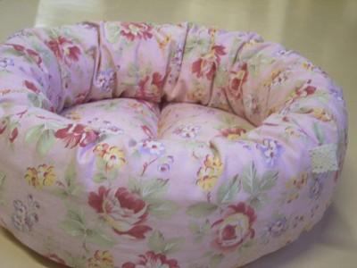 R0068077-400x300-うっとりロマンチックな丸型ベッド