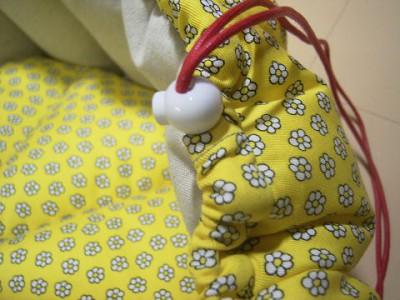R0068154-400x300-白いお花プリント×ベージュ綿麻 リバーシブルかぼちゃstyleベッド