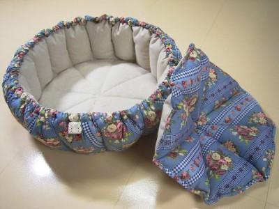 R0068453-400x300-手作りかぼちゃstyle猫ベッド・ブルーグレイ綿ブーケ&チェック柄