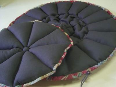 R0068670-400x300-和柄の華やかかつシックなかぼちゃ猫ベッド~