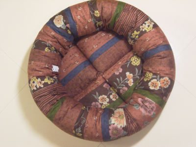 resize1020-400x300-手作り丸い猫ベッド・和柄綿&こげ茶リネン