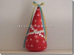 R0026308_thumb-本日の作業台。まるまるがクリスマスモードに変身中