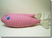 R0091841_thumb-キャットニップドカドカ入り・デカイサカナが大漁です。