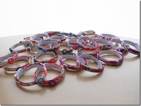 R0110015_thumb-首輪がいっぱい。