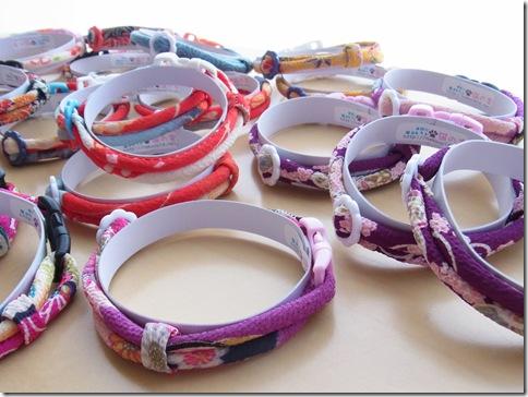 R01100182_thumb-首輪がいっぱい。